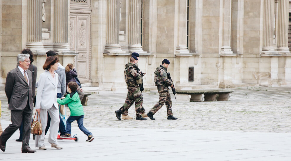 Paris soldiers